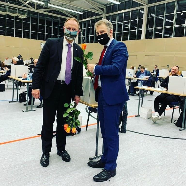 Gewählt: Klaus-Dieter-Gröhler gratuliert Christian Wohlrabe