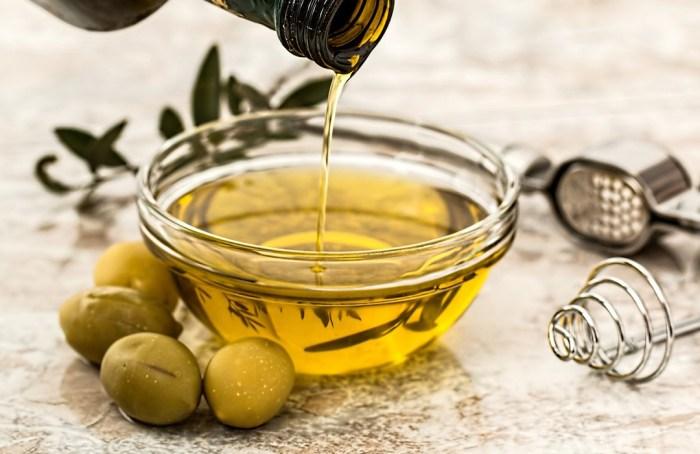 Un poco de aceite de oliva todos los días mejora tu salud cardíaca
