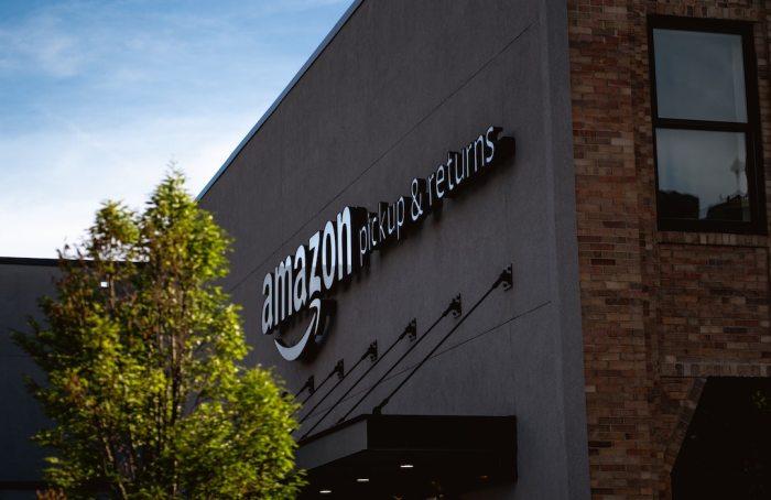 Amazon crea fondo de 2 mil MDD para reducir impacto climático