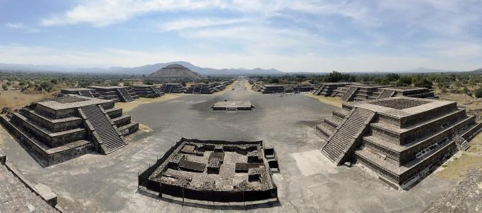 Luna Autocine abre en Teotihuacán en la nueva normalidad