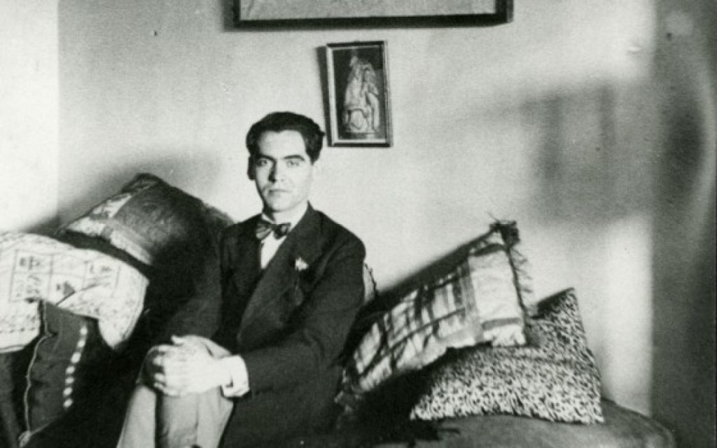 """""""¡Qué trabajo me cuesta quererte como te quiero!"""", un poema para recordar a Federico García Lorca"""
