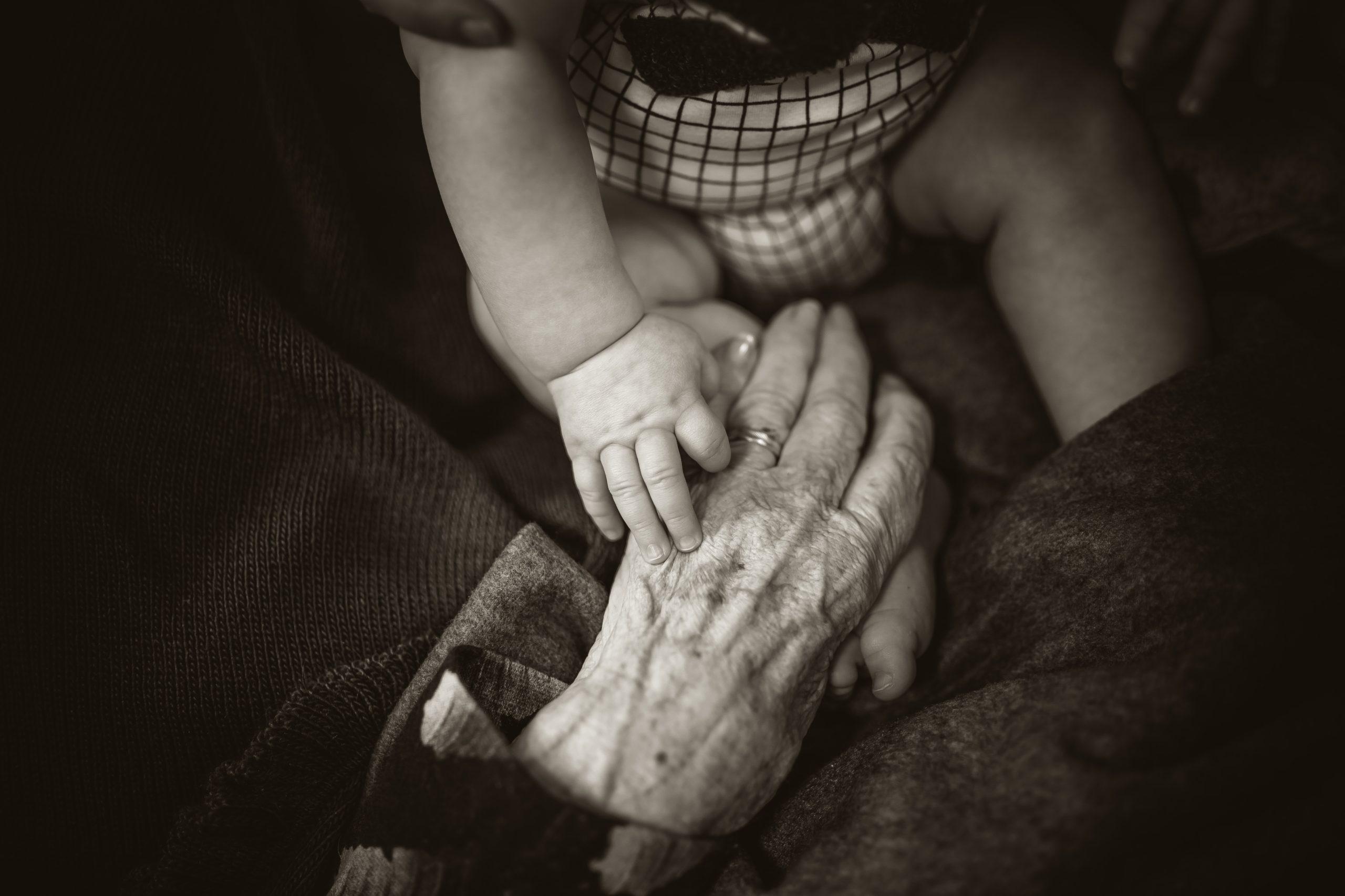 Día Internacional de las Personas de Edad: cómo redignificar a los adultos mayores