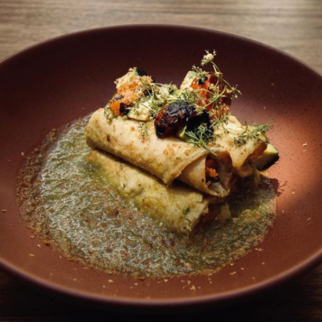 Para búsquedas relacionadas a comida vegana, Restaurante Sin Nombre