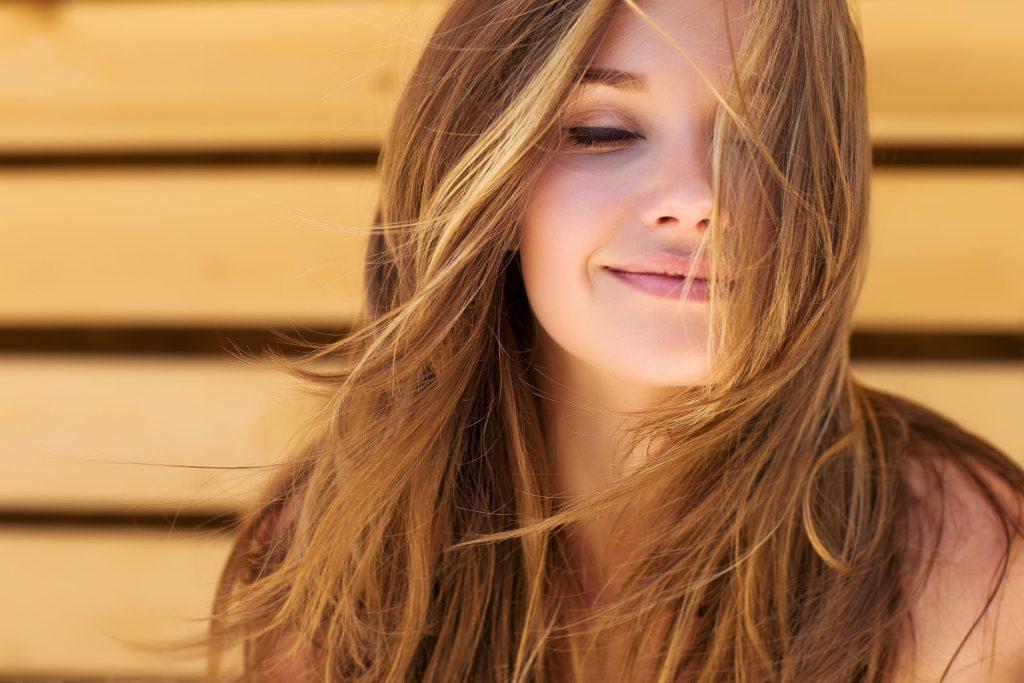 Alimentos y vitaminas que tu pelo necesita para crecer