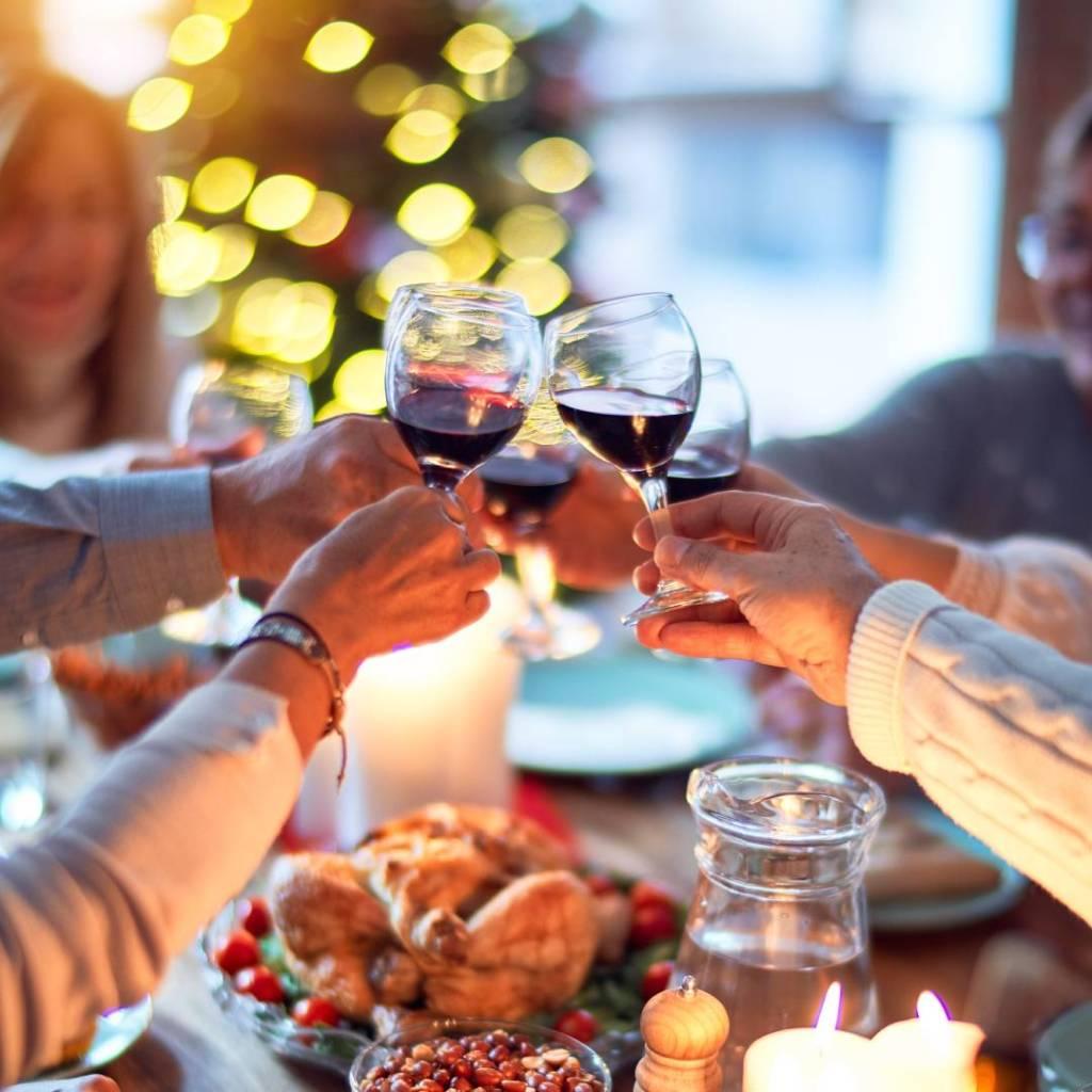 Para búsquedas relacionadas a navidad, cena navideña y canciones playlist
