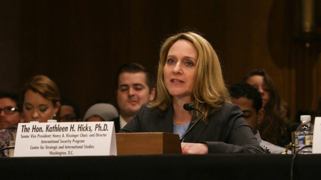 Ella es Kathleen Hicks, la mujer que ocupará un importante cargo en el Pentágono de EU