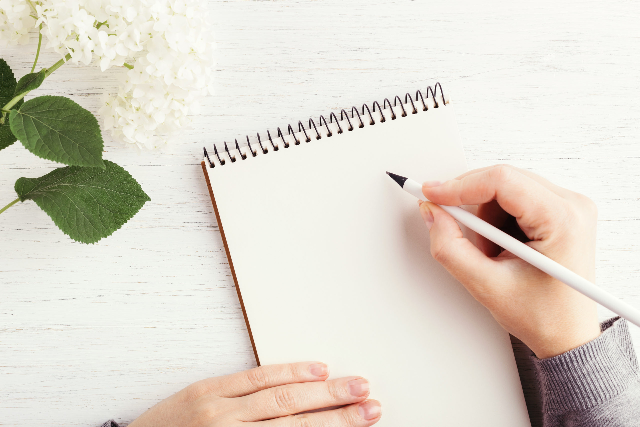 Descubre los beneficios de escribir a mano para tu mente