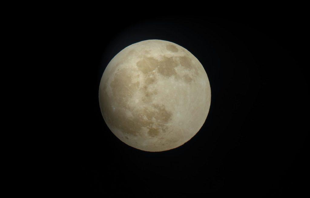Luna de Lobo: todo lo que necesitas saber sobre este fenómeno