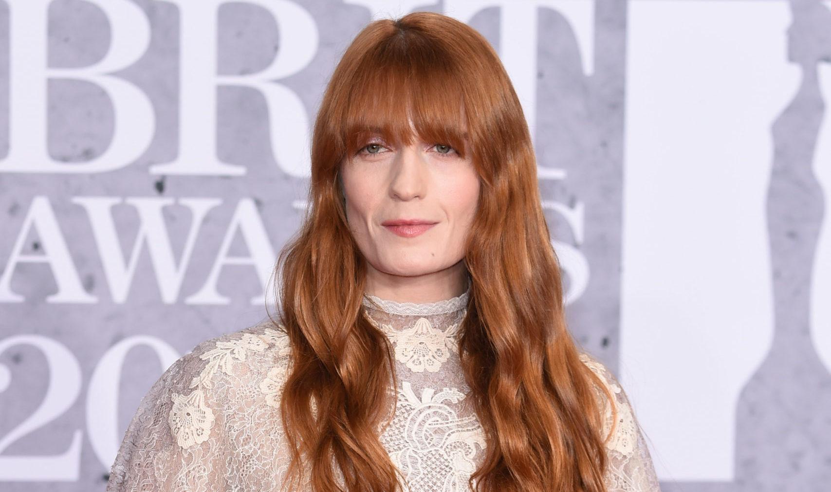 Florence Welch anuncia que lleva 7 años sobria