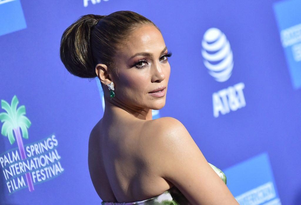 El nuevo objetivo de la fundación de Jennifer Lopez: dar apoyo médico a mujeres y niños sin recursos
