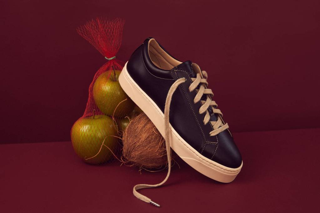 ¡Amarás! Estos tenis de lujo veganos están hechos a base de manzana y coco