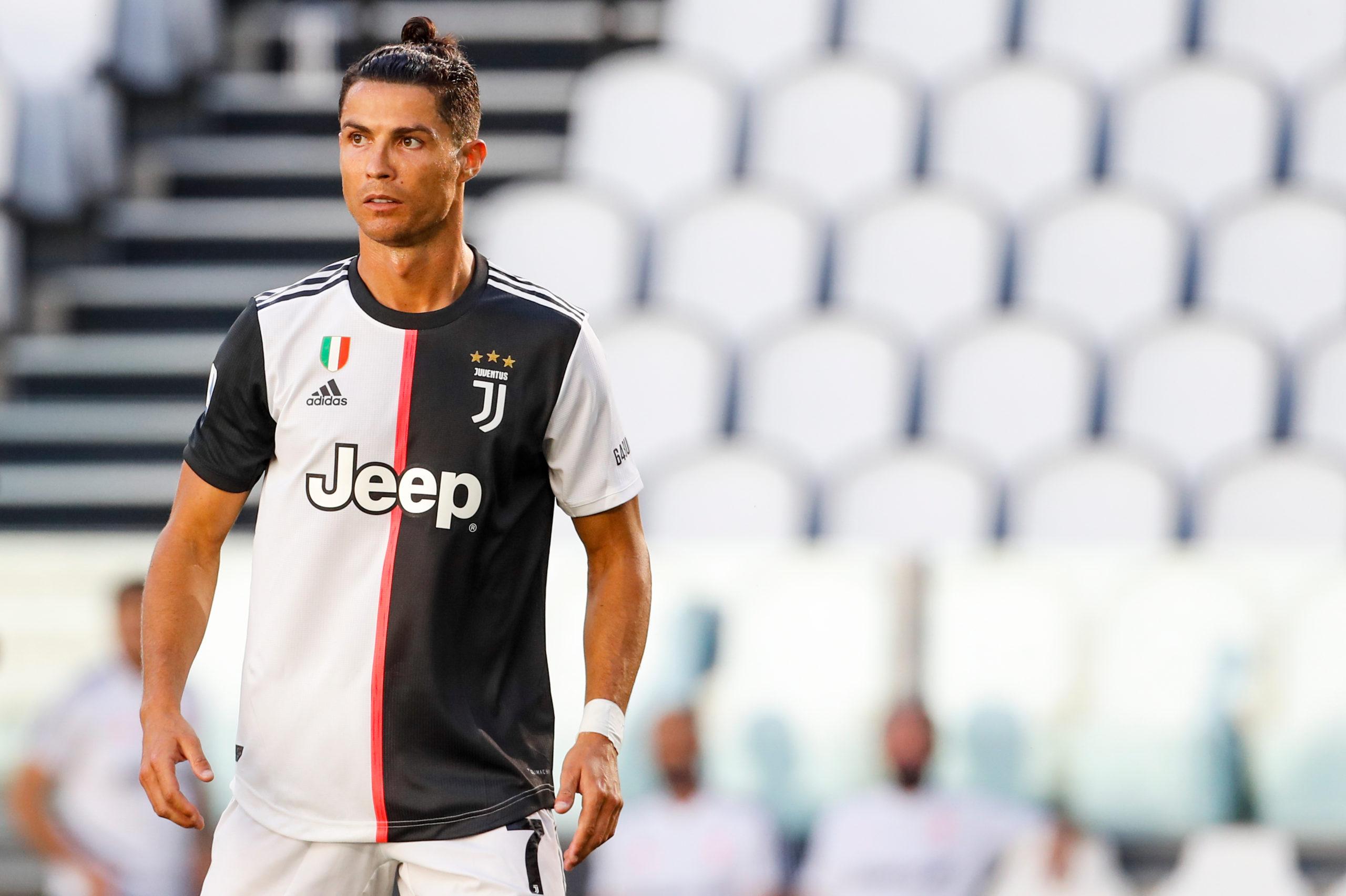VIDEO: Cristiano Ronaldo rechazó esta famosa bebida en una conferencia