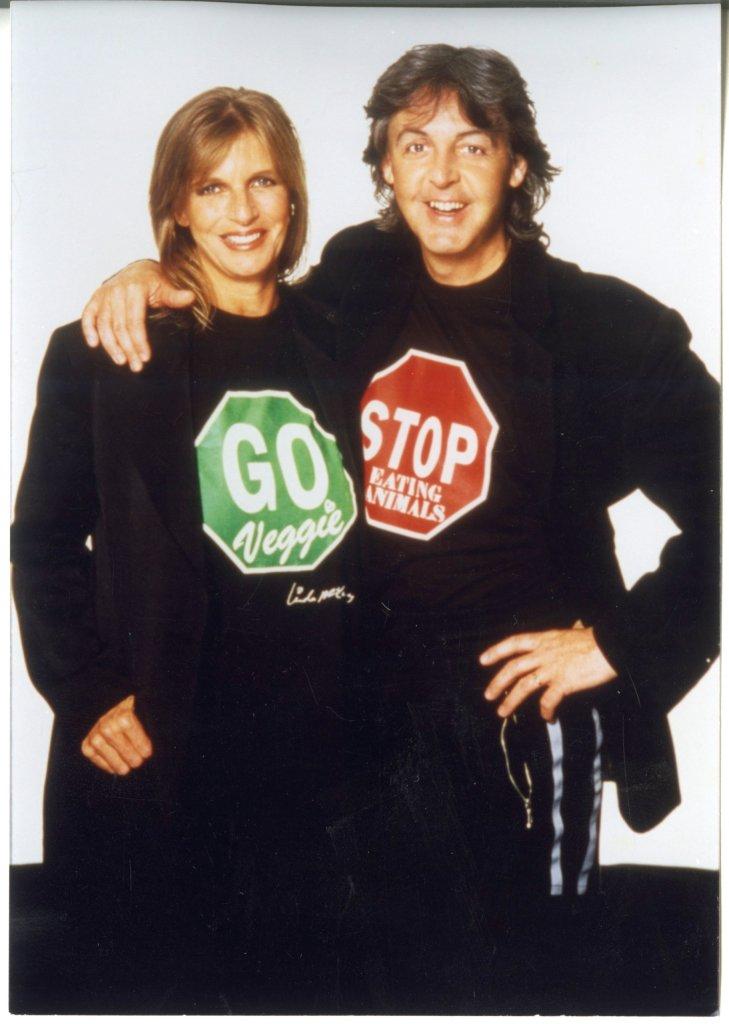 Paul McCartney es vegetariano gracias a su primera esposa