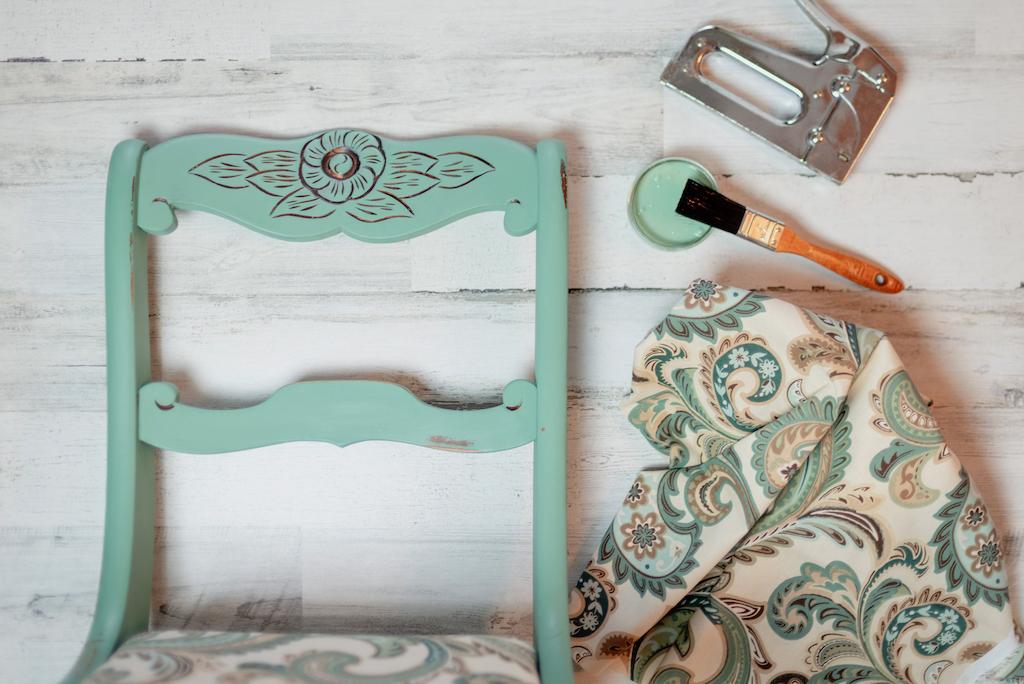 Stooping: el arte de darle una segunda vida a los muebles viejos