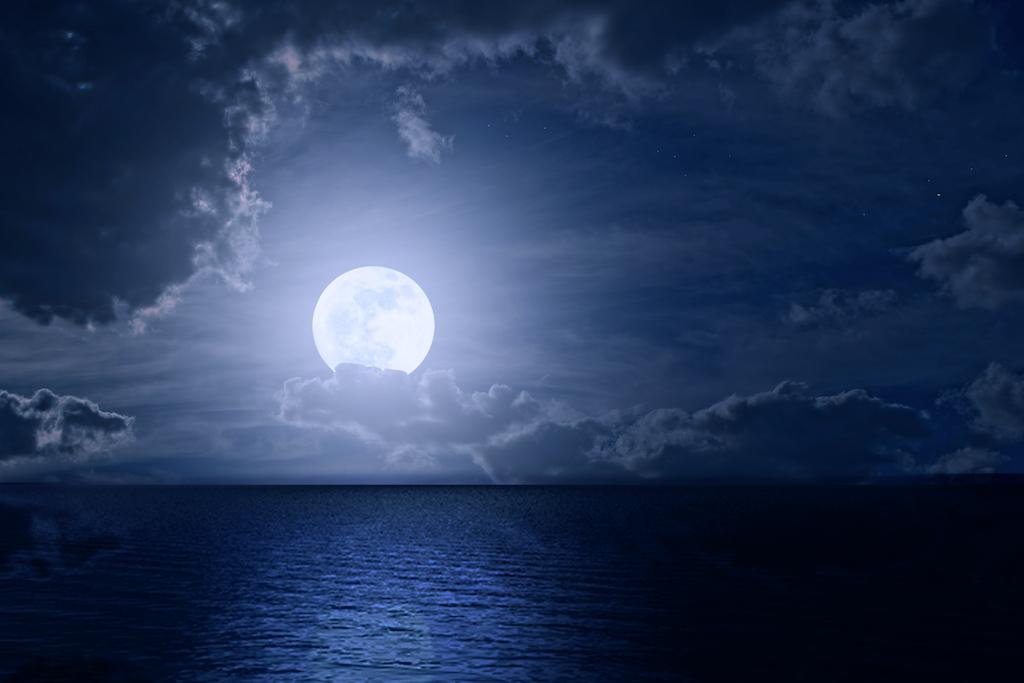 Rituales para atraer la energía positiva en casa durante luna llena