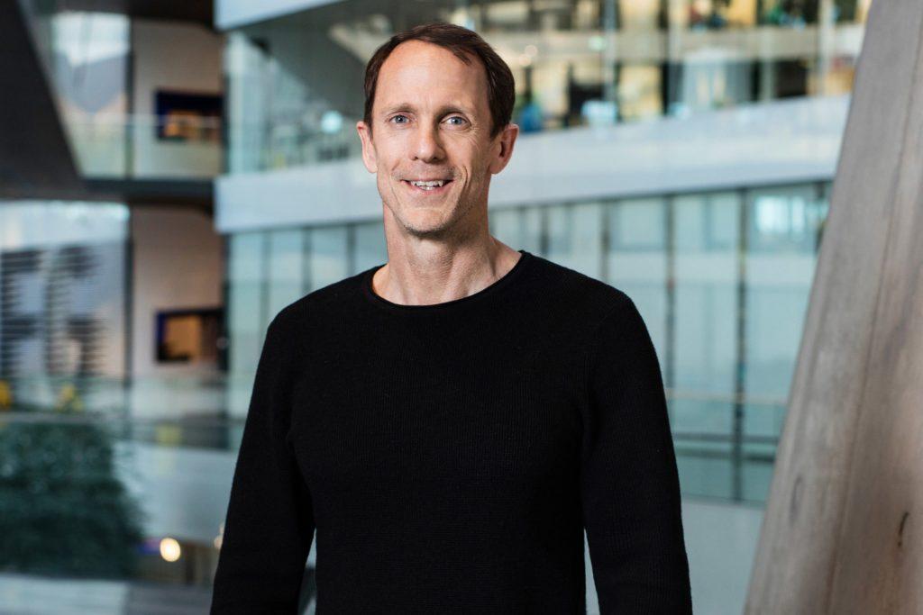 Ex director de Adidas lanza su propia marca de ropa ecológica y biodegradable