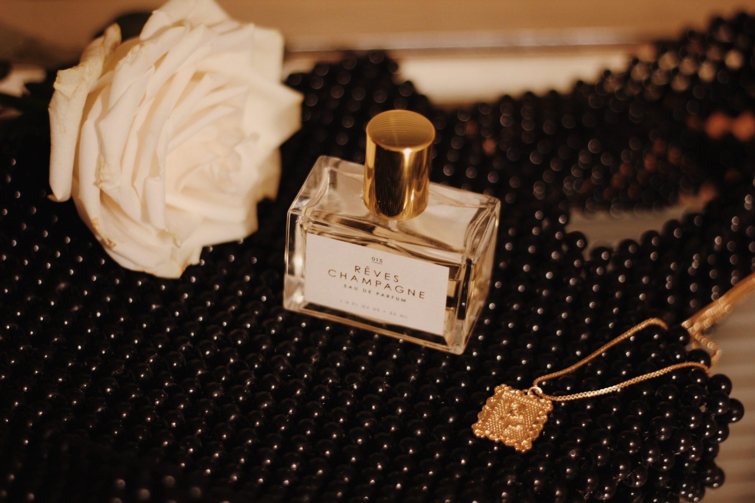 ¡Con olor a otoño! 6 perfumes que no pueden faltarte esta temporada