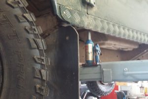 Stabilisierung durch hydraulischen Wagenheber