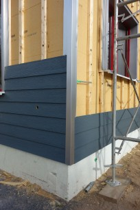 Siding and aluminium corner trim 2