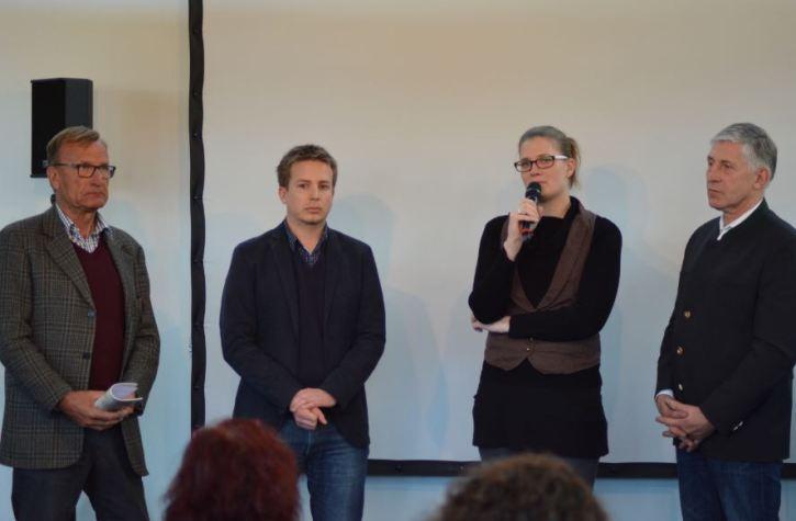 Die Teilnehmer der Podiumsdiskussion (von links): Dr. Enno Hempel, Konstantin Knorr, Dr. Britta Habbe und Theo Grüntjens (Foto: Vogler)