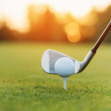 Ramy rowerowe, rakiety tenisowe, kije do golfa oraz baseballu, sprzęt wspinaczkowy, elementy paralotni, osprzęt żeglarski