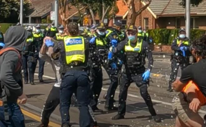 protesty Australii Covid-19