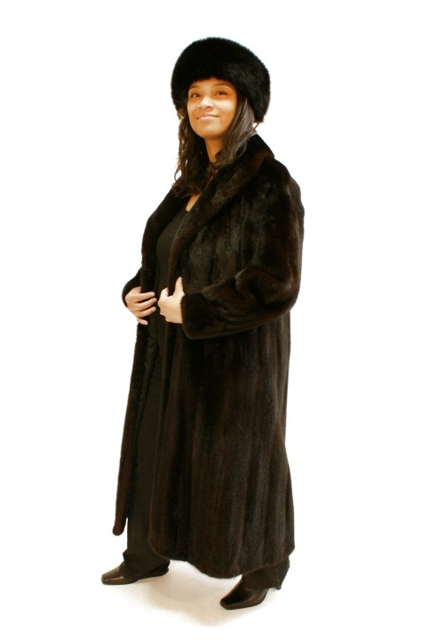 Dark Brown Mink Coat Wing Collar