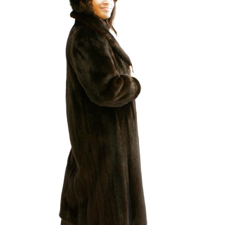 Dark Brown Mink Coat Wing Collar