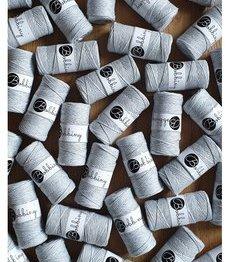 Wolzolder Bobbiny macrame 3mm Silvery Light Grey
