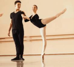 フランスのバレエ学校の食事事情、パリ・オペラ座バレエ学校の特殊な状況