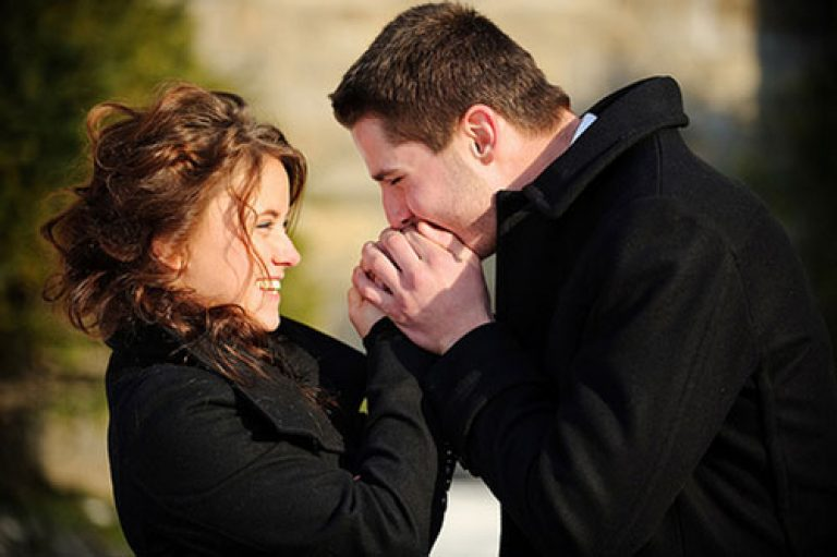 Cum îl faci pe un bărbat-Rac să se îndrăgostească de tine | Psihologia Relațiilor