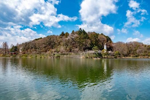 「メッツァビレッジ」の桟橋からの宮沢湖の眺め
