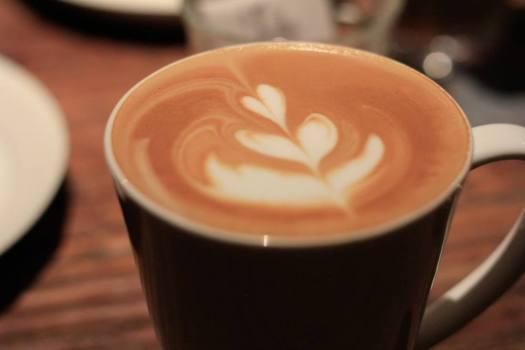 「Brooklyn Parlor SHINJUKU」のカフェラテ