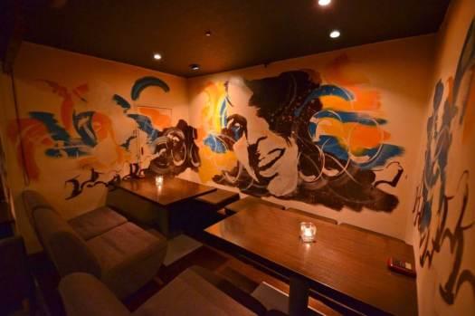 kawara CAFE&DINING 宇田川の店内