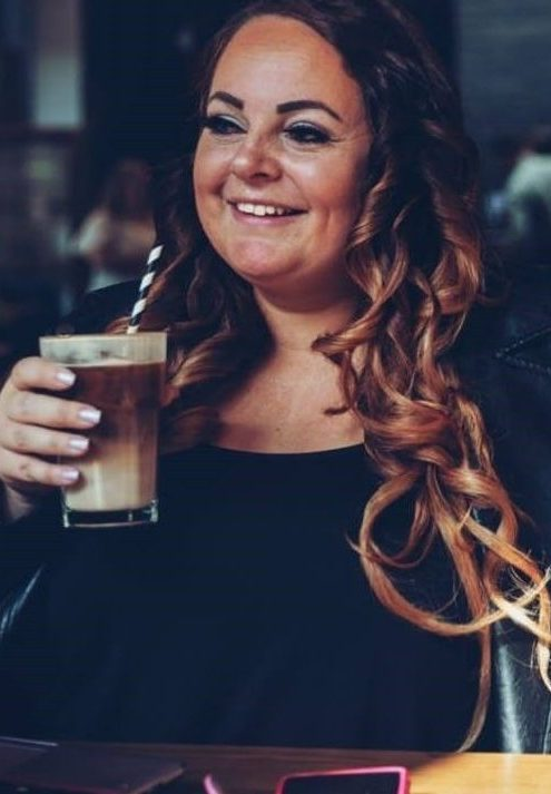 Dawn Baxter is a UK female entrepreneur who supports self-employed businesswomen to fulfil their dreams online