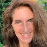 Colleen Tracey is a certified Life Coach, Esoteric Healing Practitioner