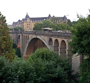 20130828_200833 Luxembourg Adolphe Bridge 300