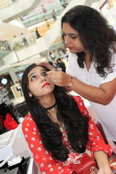 Trying out some make-up products from Elizabeth Arden.
