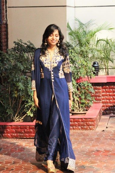 Indian fashion blogger wearing traditional