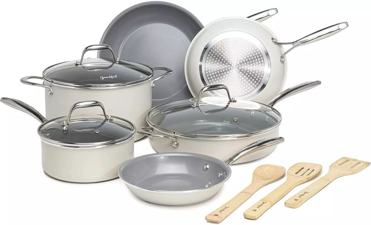 Goodful Ceramic Cookware Set with Titanium
