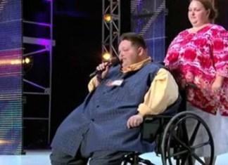 певец весом 245 килограммов