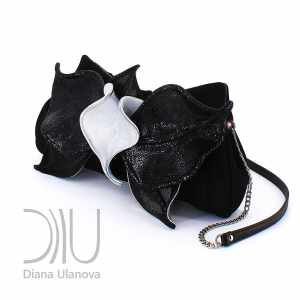 Designer Clutch Purses. Orchid Clutch Black/White by Diana Ulanova. Buy on women-bags.com