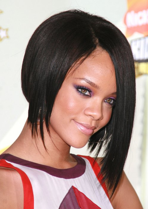 Rihannas Hairstyles Over The Years Women Hairstyles