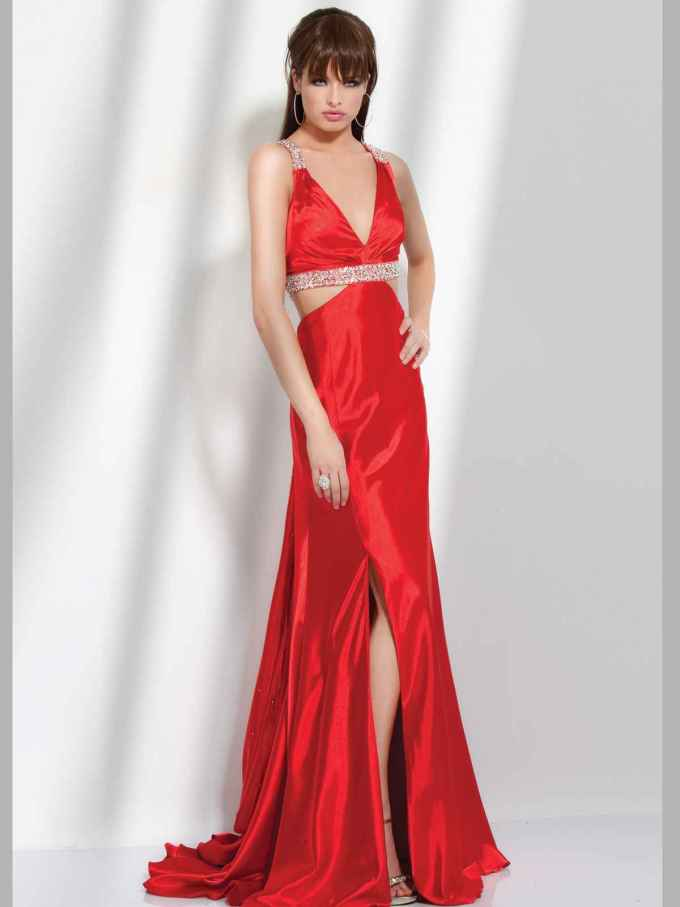 hairstyle & make-up ideas for wearing a red dress - women