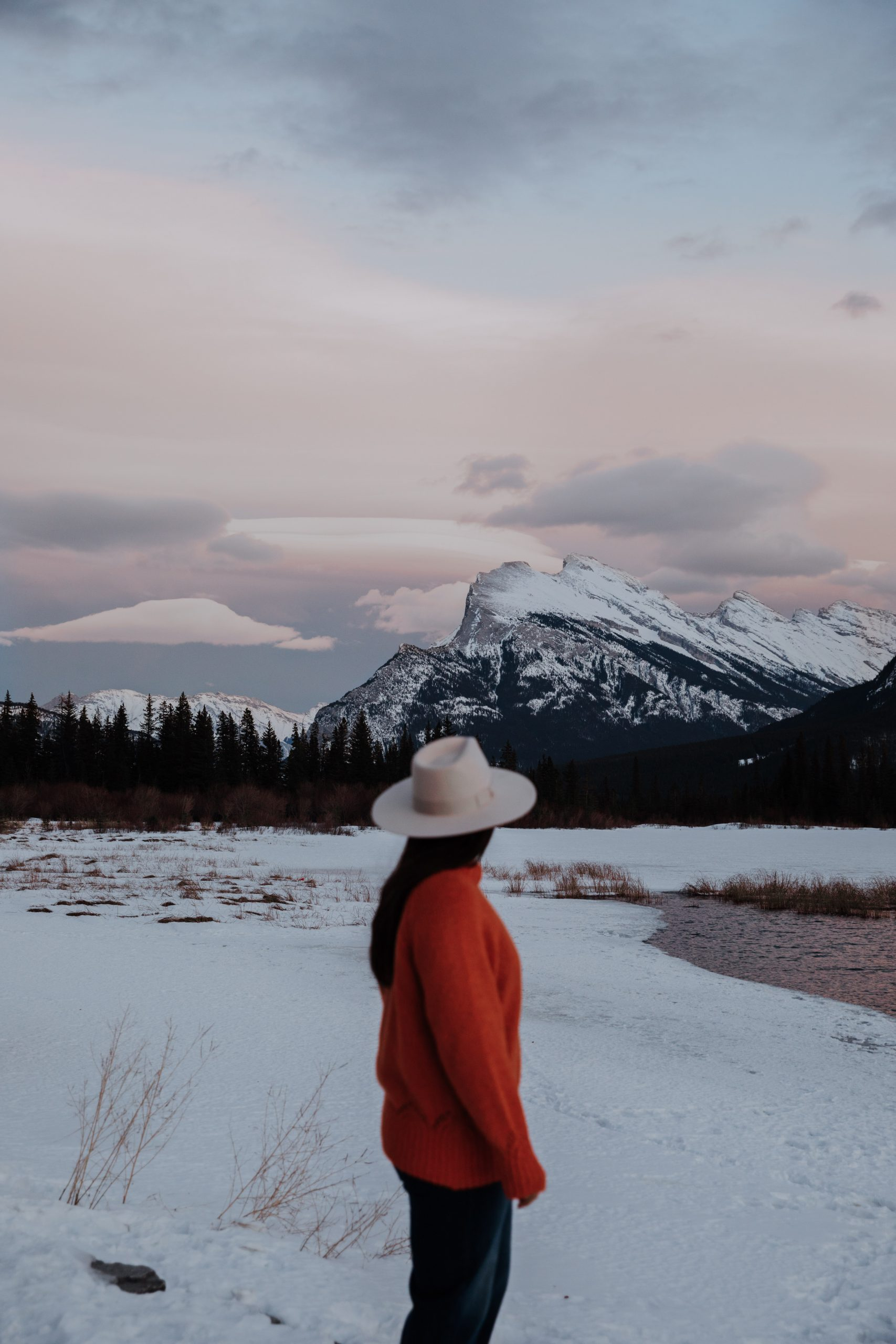 The Ultimate Banff Winter Guide - sunrise at Vermillion Lakes