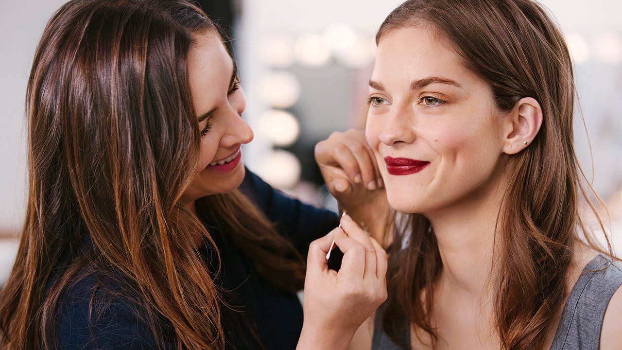 How to become a certified makeup artist online women in gear have you ever wondered what a career in makeup artistry can do for you fashion xflitez Image collections