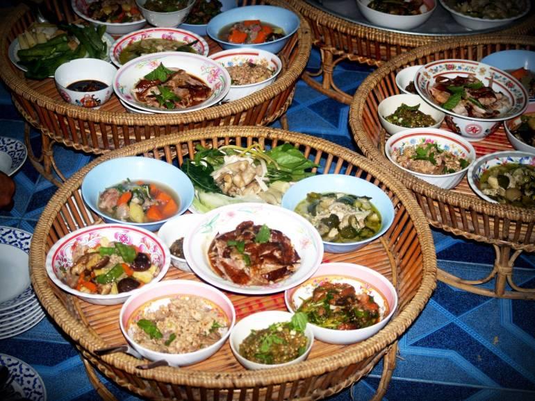 asia basket bowls buffet
