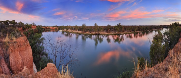 VIC Murray Red cliffs panorama