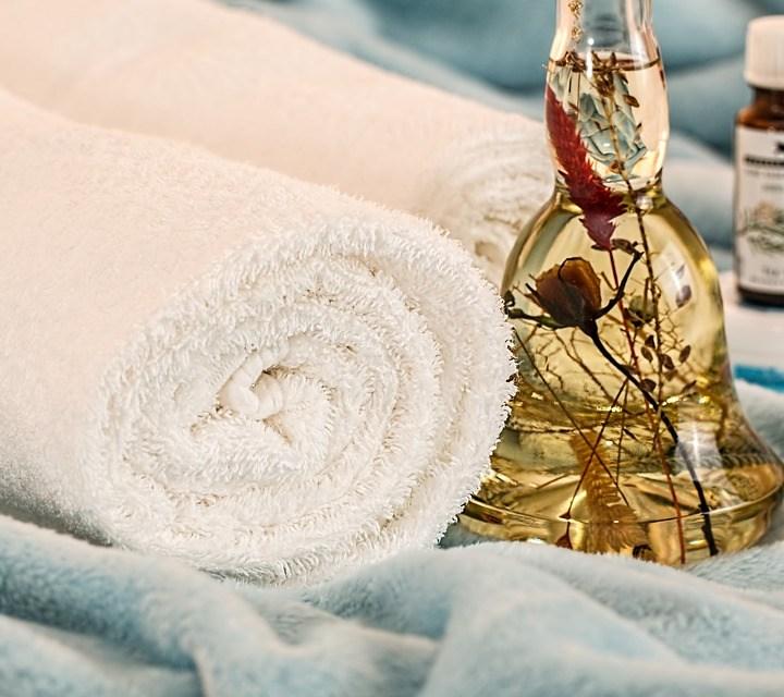 6 Benefits of Prenatal and Postnatal Massage Therapies