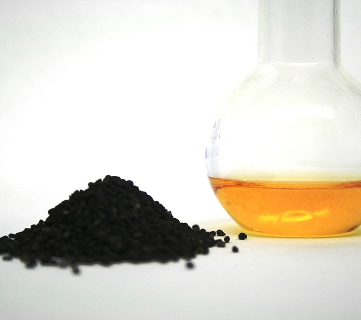 Why Black Seed Oil is the Perfect Hair Care Home Remedy for Women?
